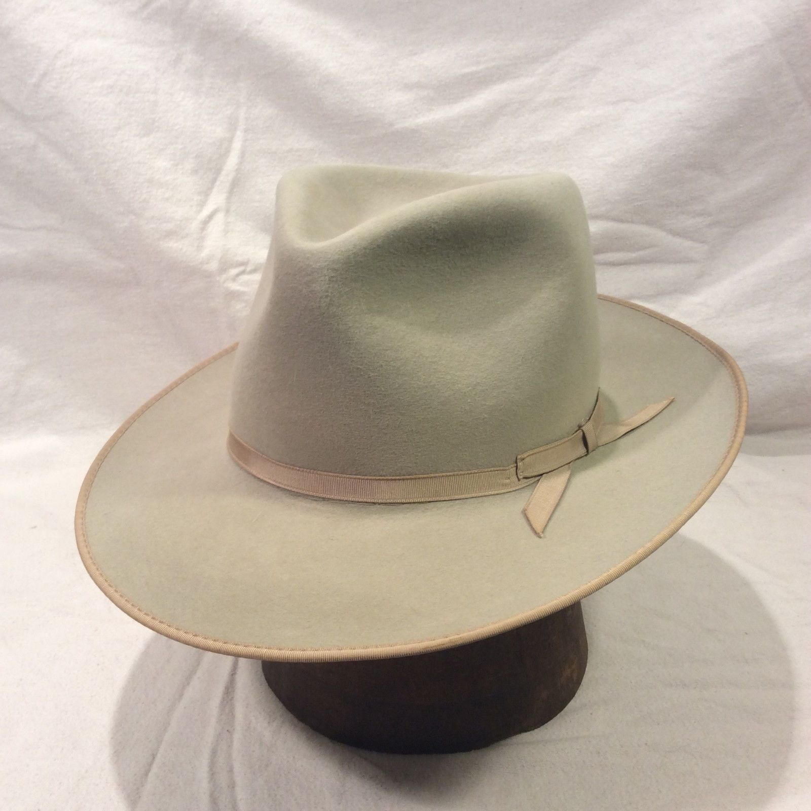 Mist Grey Stetson Fedora Men s Hat Vintage Open Road with Grey Ribbon --  SIze 7  9425bc67611
