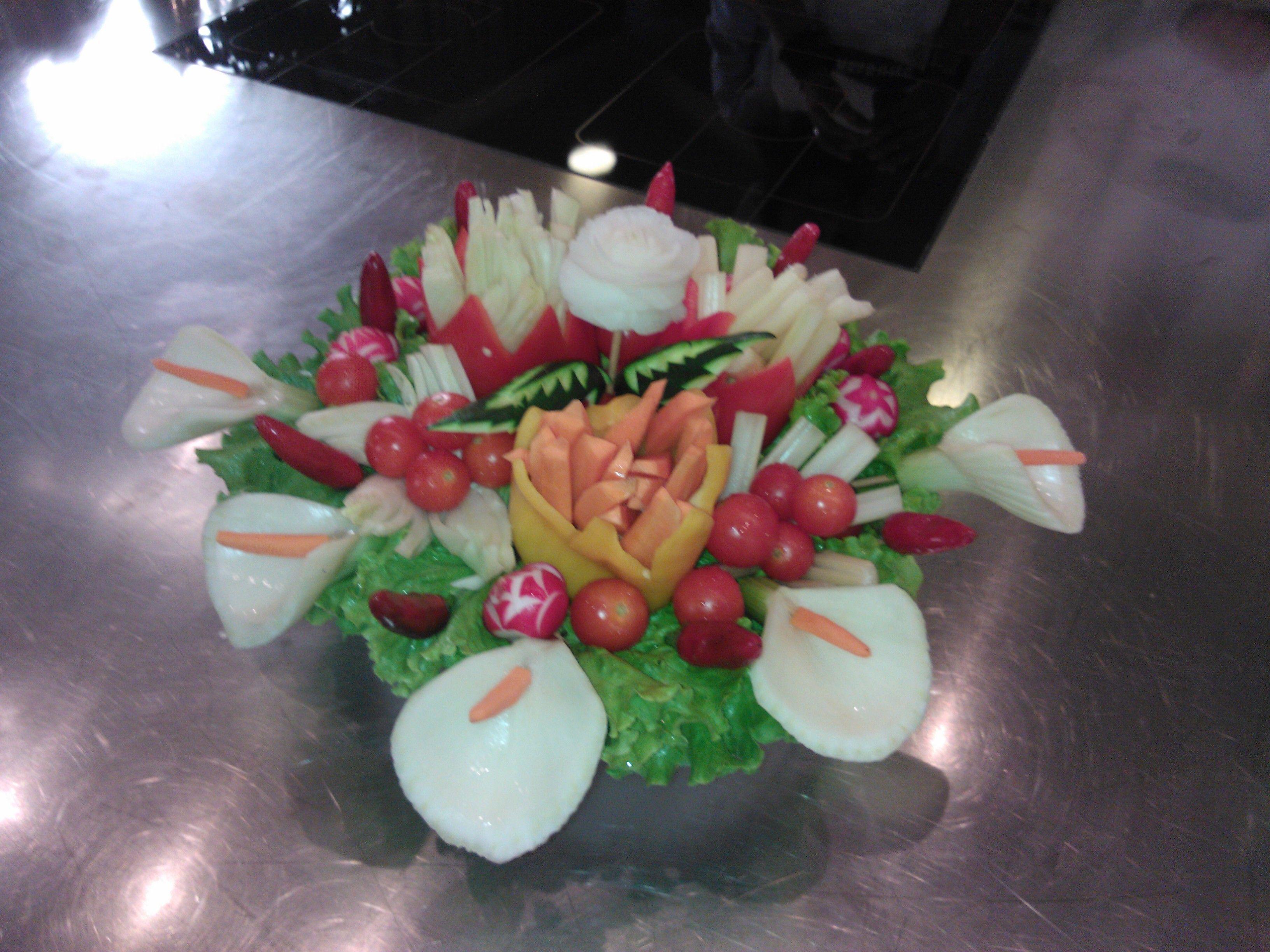 Pinzimonio centro tavola per buffet o happy hour fruit