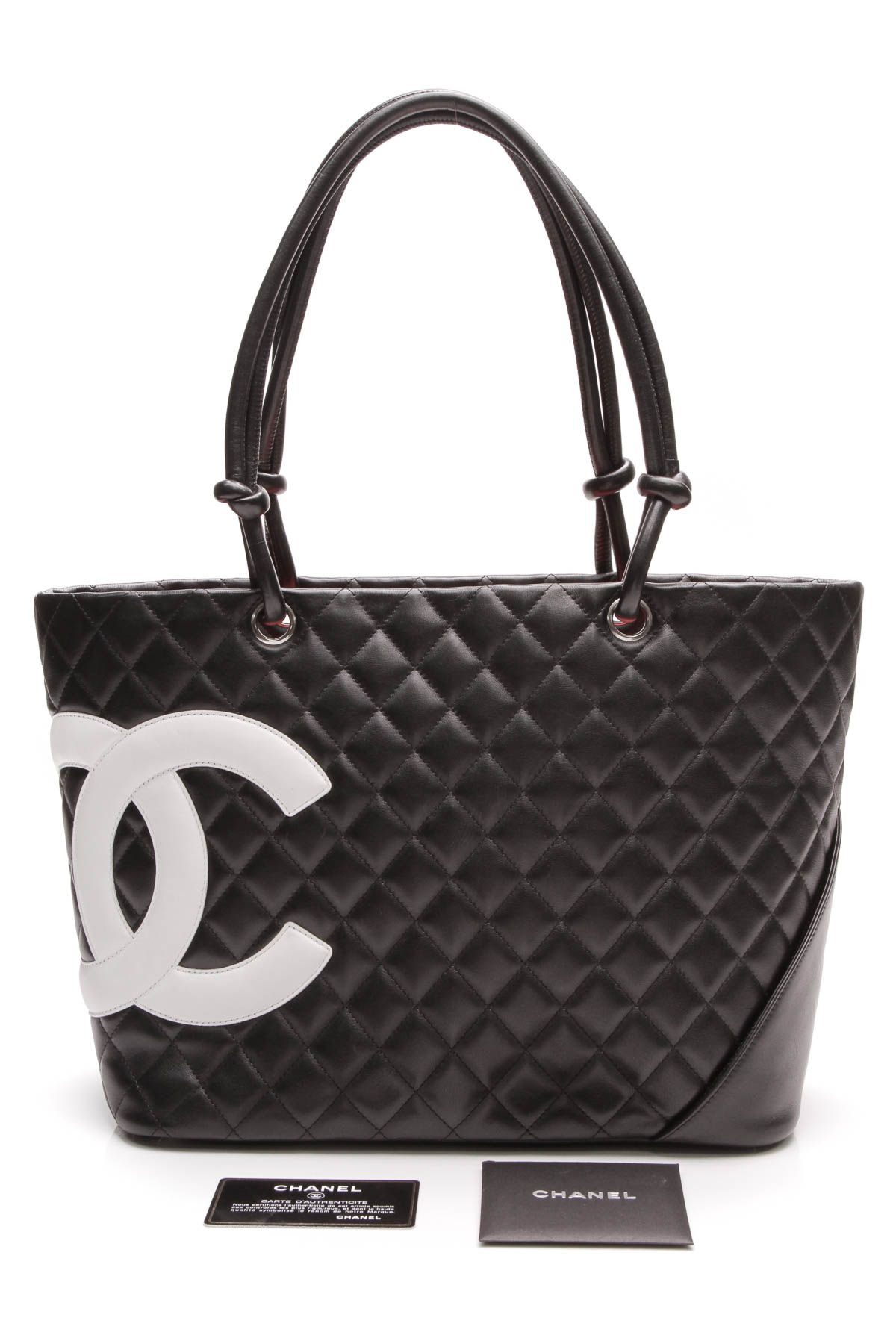 7044000dbf5 The Chanel Cambon tote bag is a classic and a must-have! . . .  chanel   chanelbag  chanelhandbag  handbag  blackbag  blackhandbag  cc  cclogo   designer ...