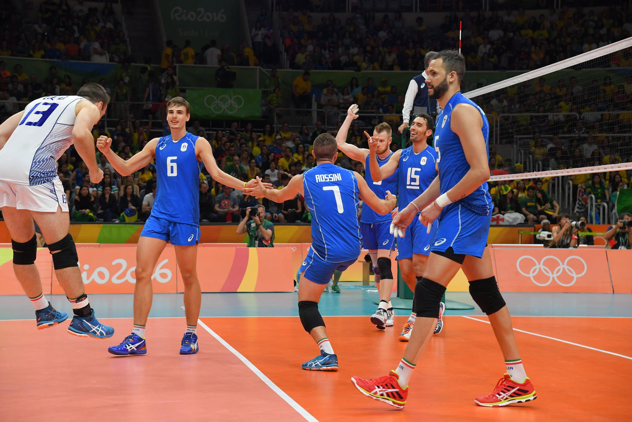 Italy Celebrate Their Victory Against Brazil In 2020 Volleyball Victorious Celebrities