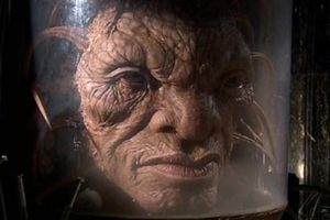 The Face Of Boe. AKA Captain Jack Harkness... my mind is COMPLETELY BLOWN... I just wanna know how his head got that big... and what are those  weird tentacle things?