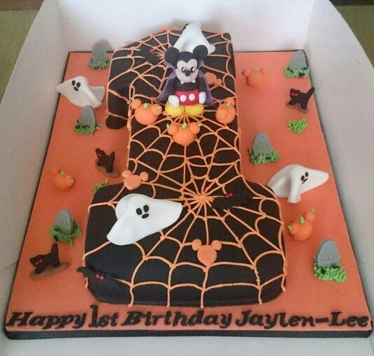 Halloween Mickey Mouse Themed Cake