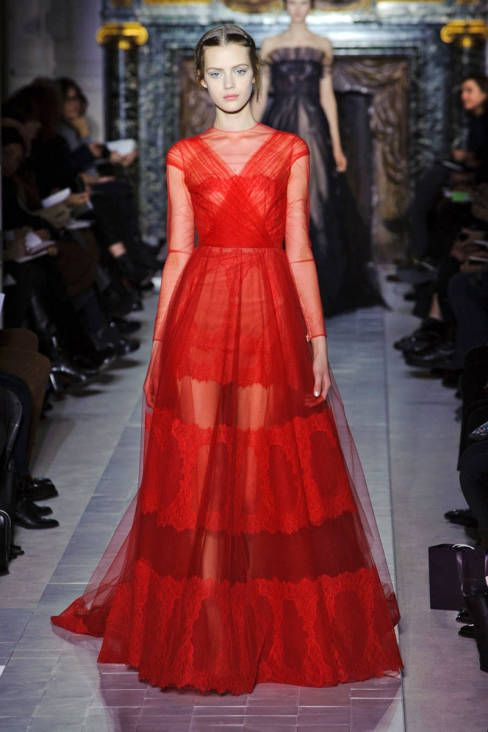 Valentino Haute Couture Collection Spring 2013. Oh, Valentino....I'll wear you, one day.