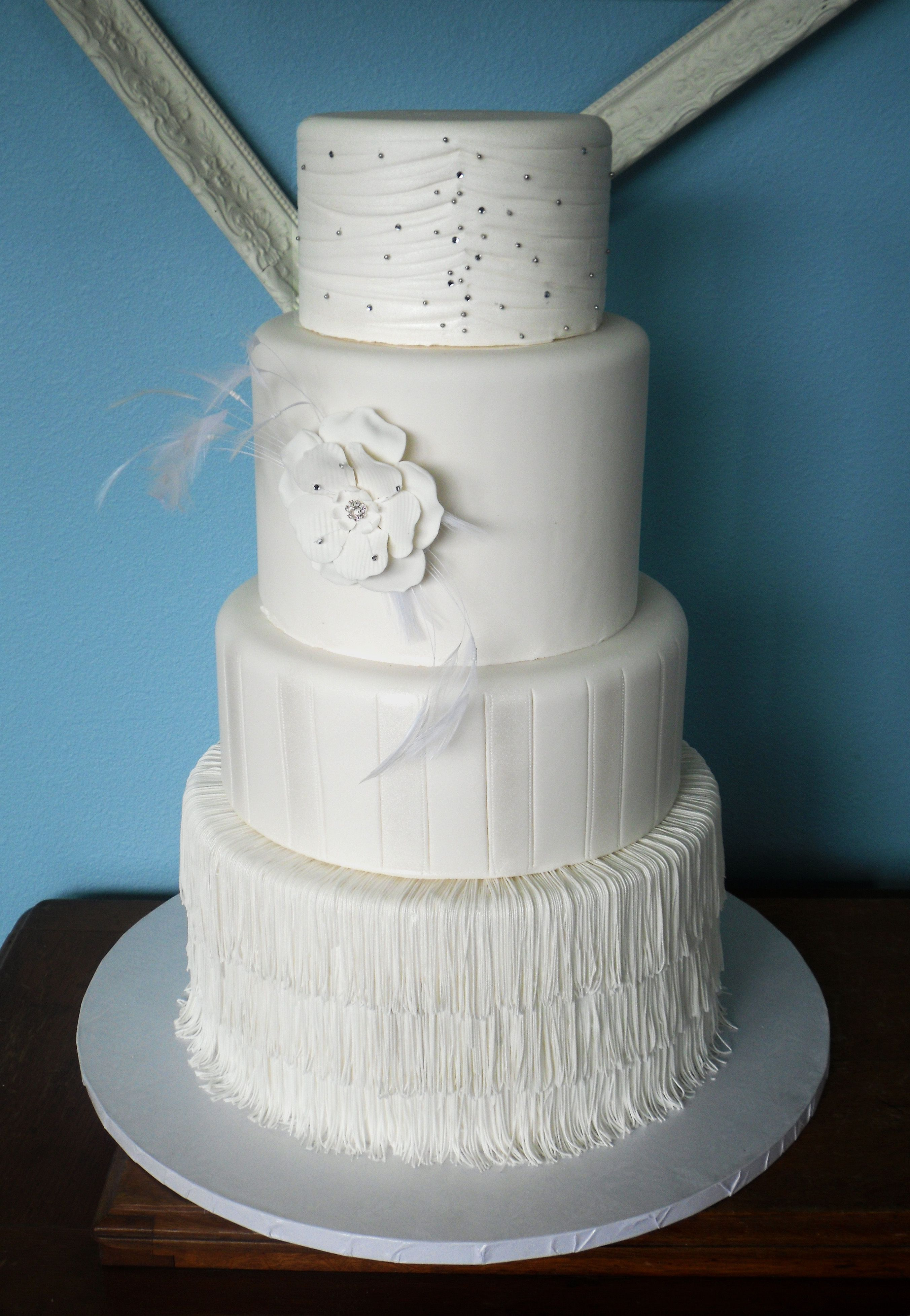 1920\'s flapper theme - This is one of three wedding cake models that ...