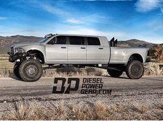 Awesome Mega Ram Runner   Big, Bad, Dodge 3500 6 Door Diesel