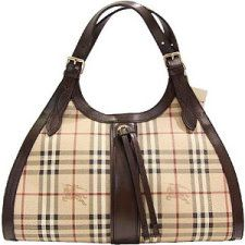 Burberry anything   Burberry purse. Purses. Burberry handbags