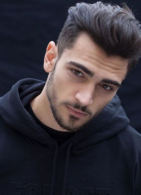 Simple Classic Men S Hairstyles Ideas 2018 Cleverstyling Classic Mens Hairstyles Thick Hair Styles Haircut For Thick Hair