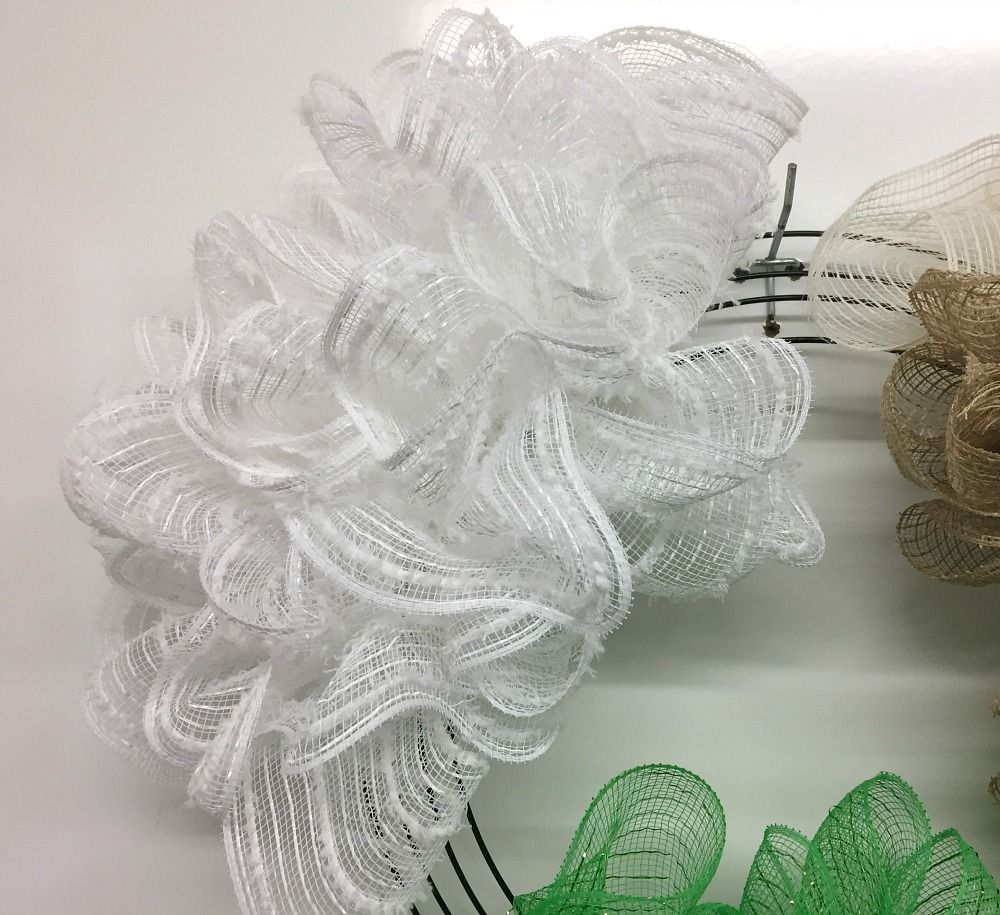 Exploring the Pull Through Wreath Method with Assorted Mesh ...