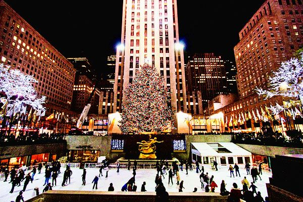 Christmas In New York 2019 New York at Christmas | Travel | Nyc christmas, New york christmas