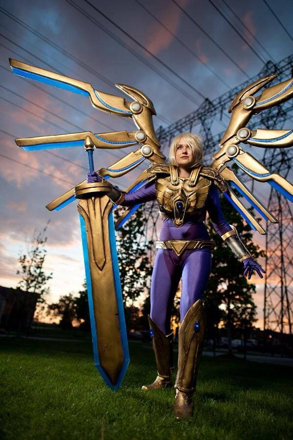 Kayle from League of Legends Cosplayed by Ashari Props by Ashan Photographed by Baron Karza Location: Anime North 2014 Source:baronkarza.com