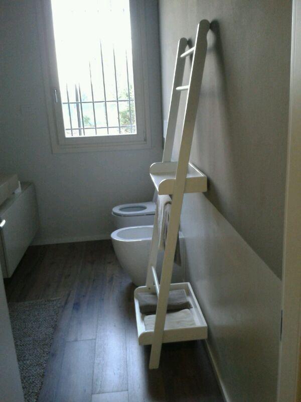 Scala porta asciugamani bathroom pinterest porta asciugamani asciugamani e scala - Scala per bagno ...