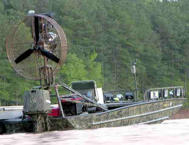 Pin by sydney crews on bowfishing fan boat ideas for Bow fishing boats