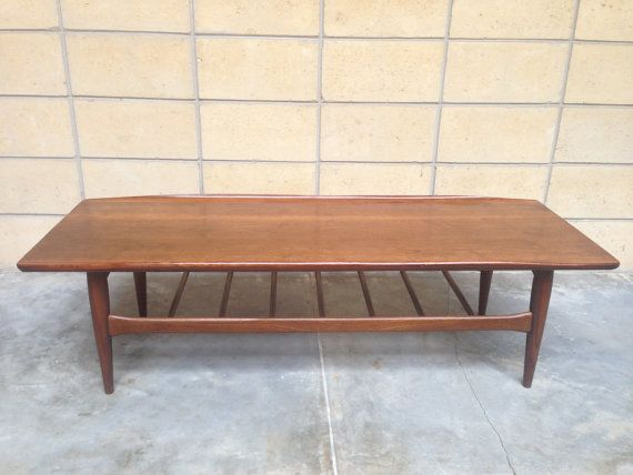 595 Mid Century Bett Surfboard Coffee Table In Walnut