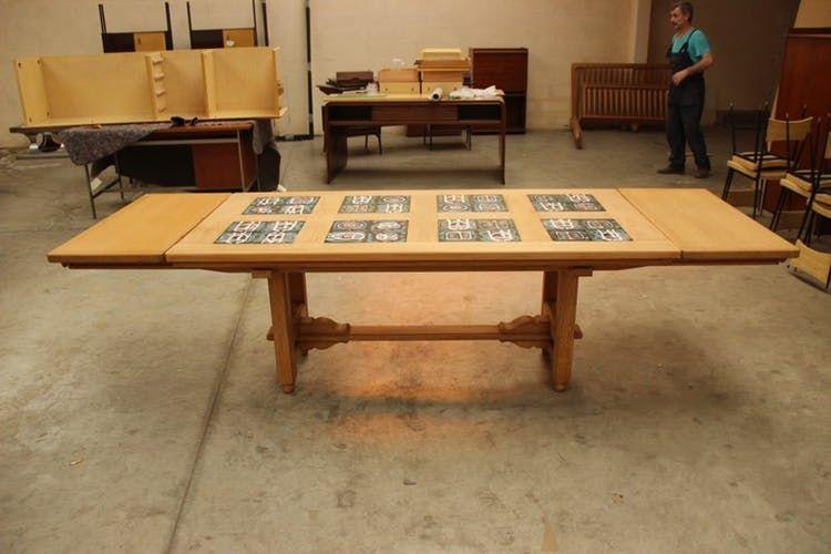 Table à rallonges de salle à manger Guillerme et Chambron, modèle - modele de salle a manger design