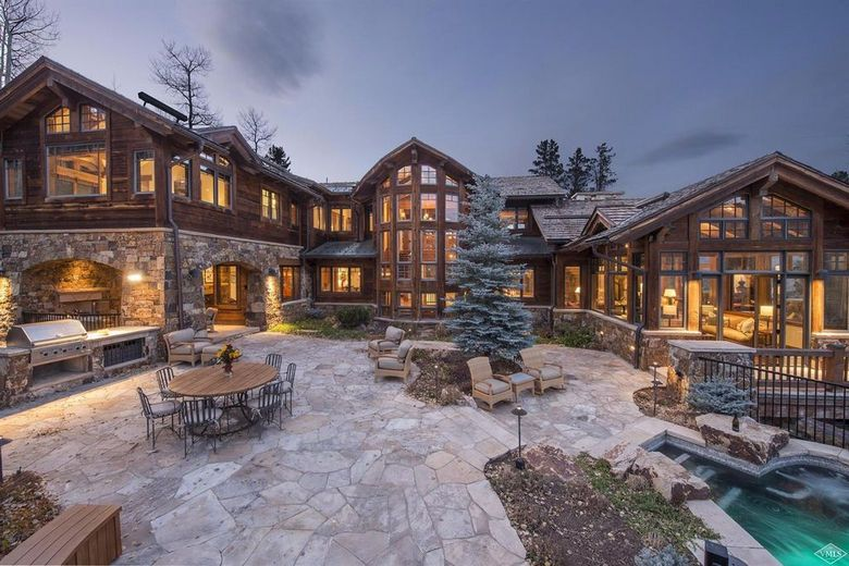 Dream House Colorado Wood & Stone Mansion (18 Photos