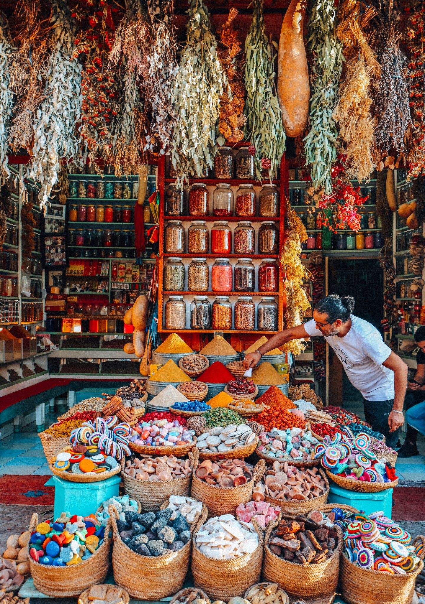 Planning a Trip to Morocco: The Complete Morocco Travel Guide - jaleh michelle