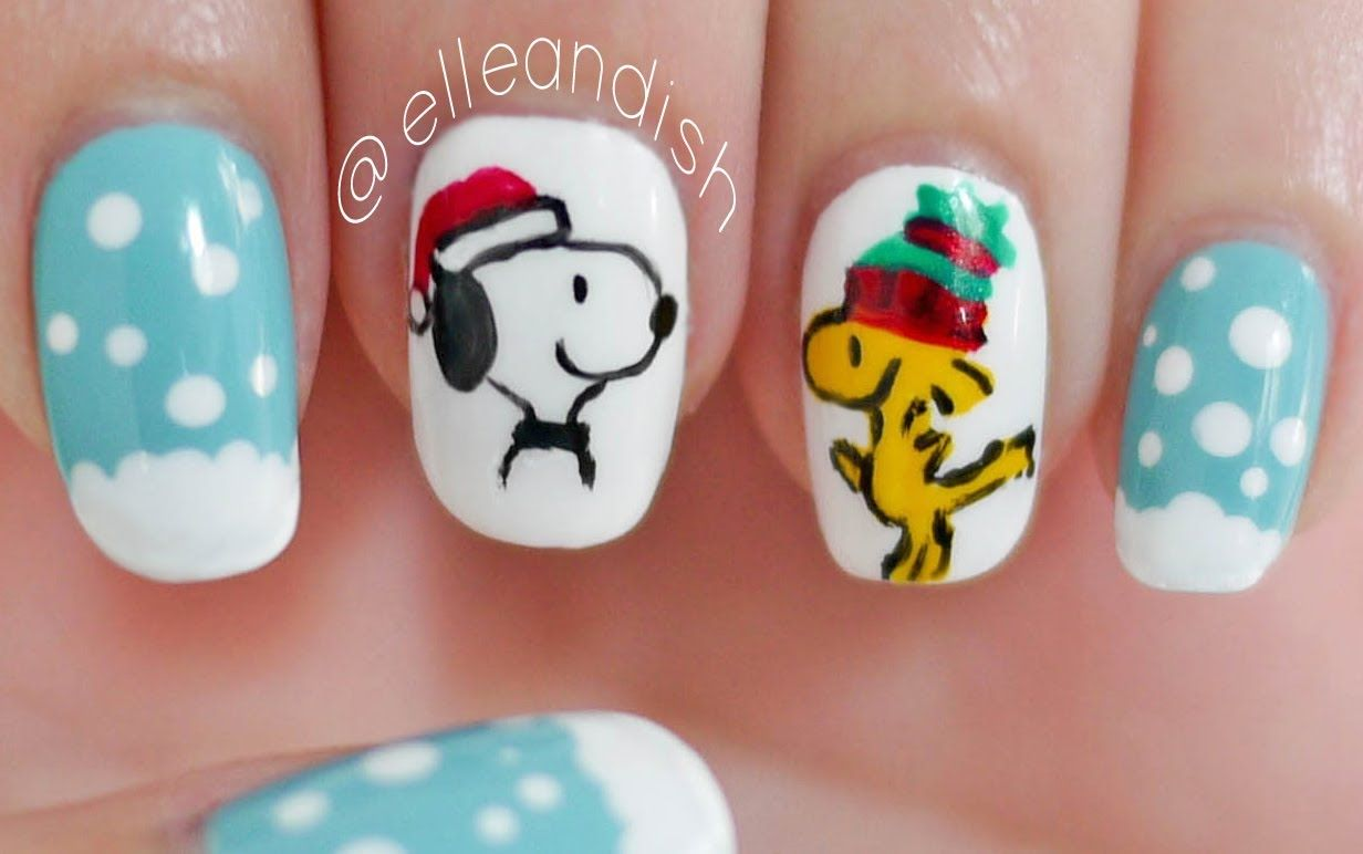 Peanuts: Snoopy & Woodstock Christmas Nails | Nail Art - Christmas ...