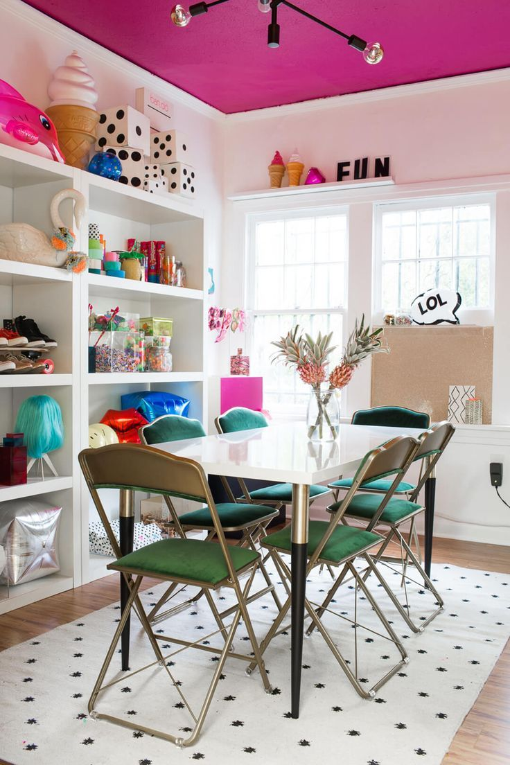 Great sewing room inspiration