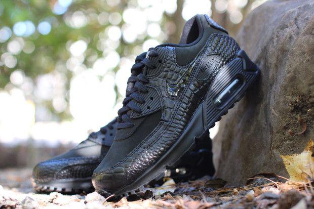bf96459a08 nike wmns air max 90 prm black croc available 03 620x413 Nike Womens Air Max  90 Premium Black Croc Available