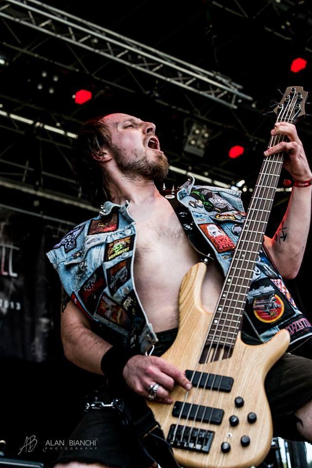 KINGS WILL FALL - Daniel, bass (South-Tyrol, Italy) .: THRASH METAL :. https://www.facebook.com/kings.will.fall.metal/