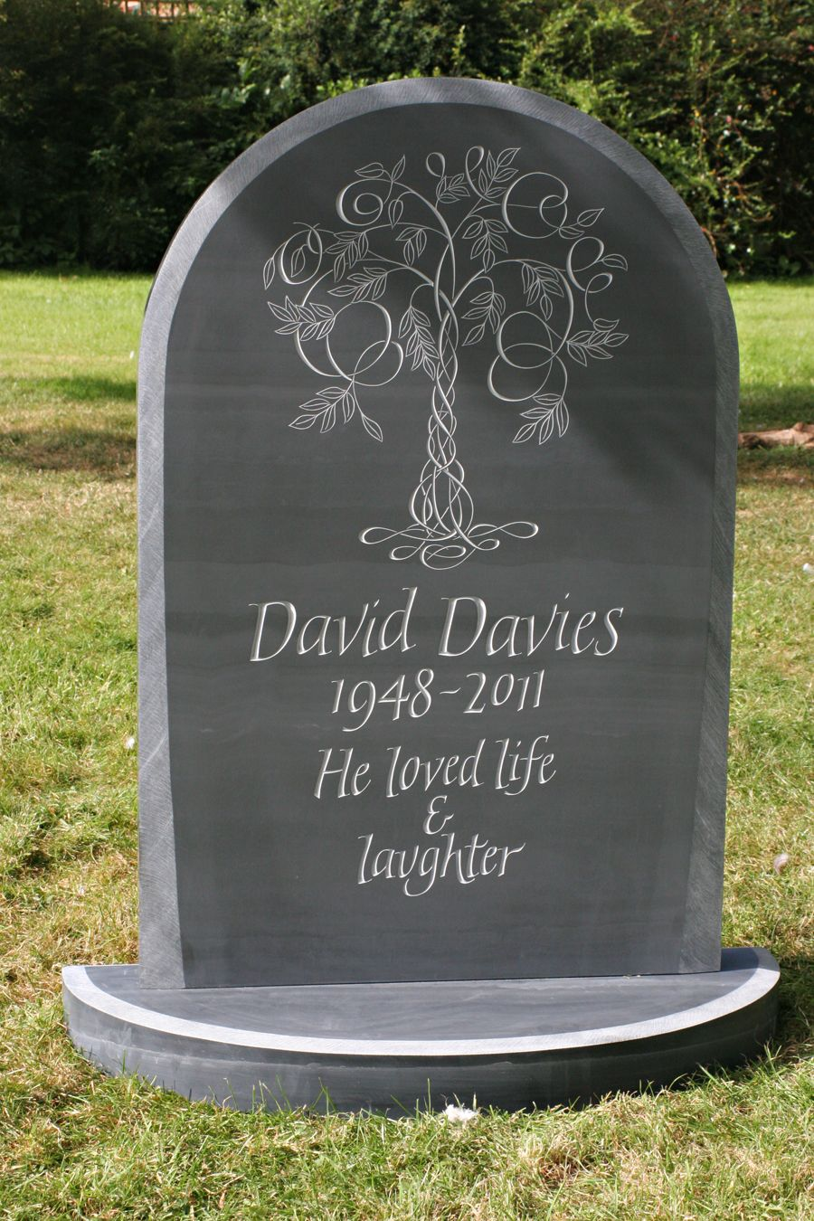 Pin by Jill Holt on my picks in 2019 | Grave headstones ...