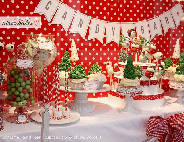 Christmas Candy Bar // Sweet Table | Christmas candy bar ...