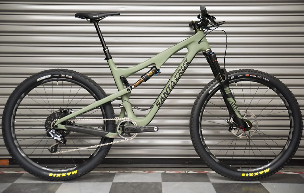 First Look: Santa Cruz 5010 CC Chris King 40th Anniversary Edition ...