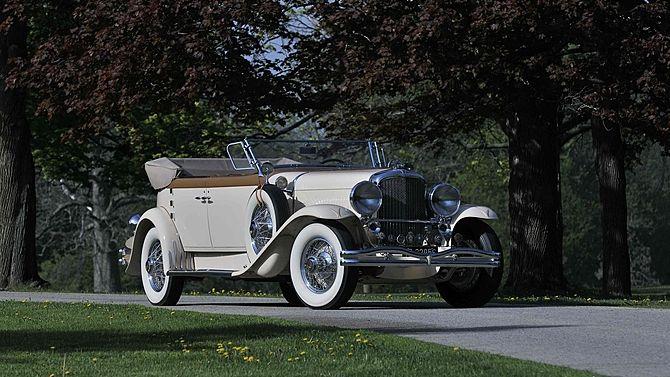 1930 Duesenberg Model J Torpedo - (Duesenberg Automobile & Motors Company, Inc. Auburn, Indiana,1913-1937)