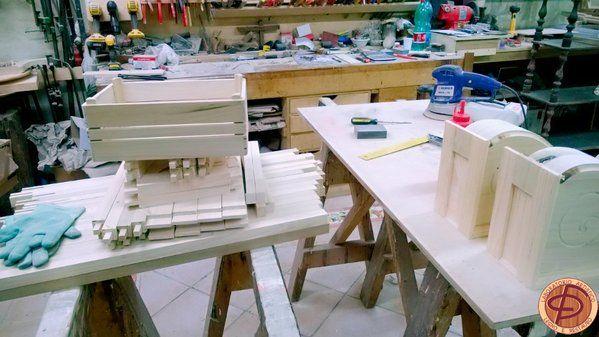 Nel Laboratorio Artistico di legno e restauro non si finisce mai di creare! http://www.bottegadirestauro.com/
