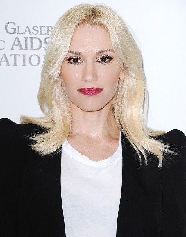 Your Ultimate Guide To Blonde Hair Colour In 2020 Gwen Stefani Hair Platinum Hair Blonde Hair Color