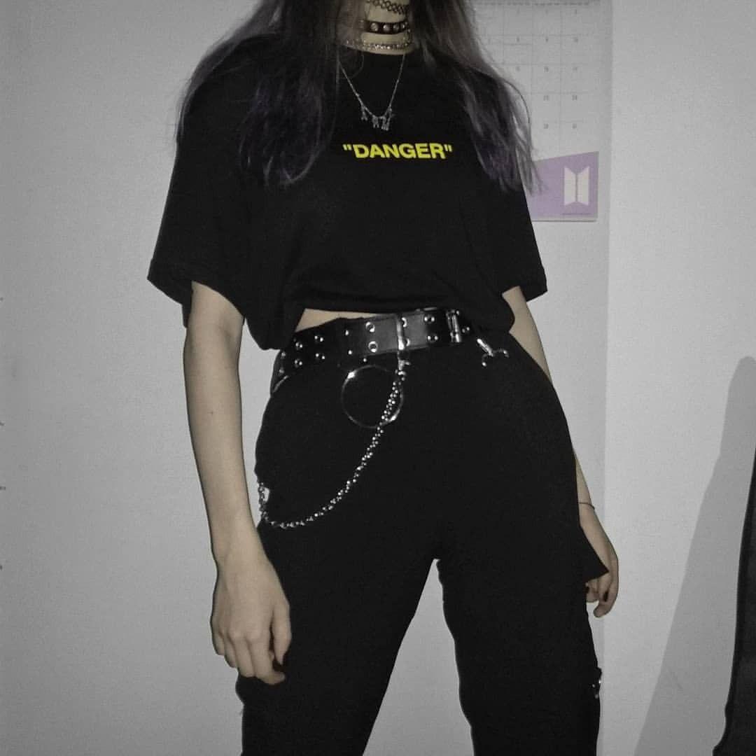 Egirl Tumblr Grunge Fashion Grungefashion Emofashion In 2020 Aesthetic Grunge Outfit Aesthetic Clothes Retro Outfits