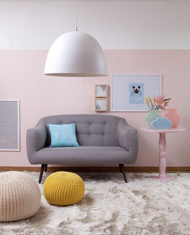 Puffs quadros almofadas e um tapete shaggy Essa é combinação - retro tapete wohnzimmer