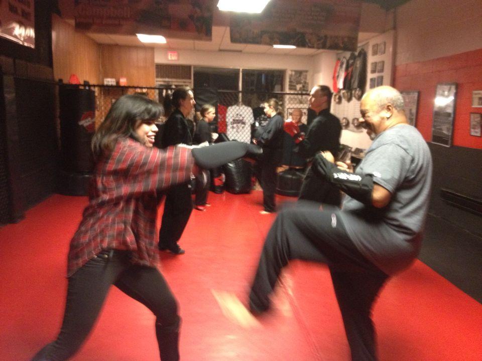 Monday night class we introduced the new White Belts to Kumite (fist & feet sparring) #ketsugo #martialarts #karate #judo #jiujitsu #aikido #shorinryu #selfdefense #sparring #kumite #mma #campbells #kickboxing #copiague