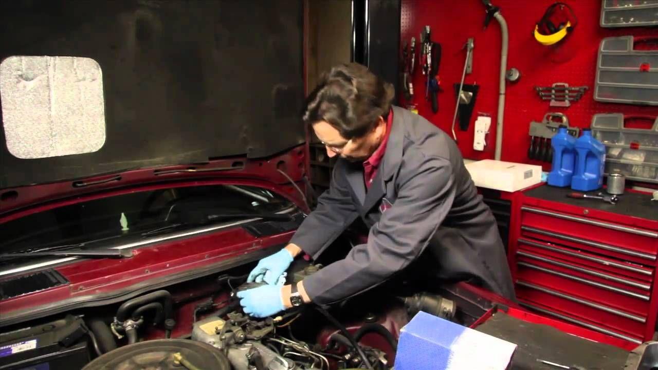 Http Strictlyforeignbiz Defaultasp Mercedes Benz Diesel Changing Fuel Filter