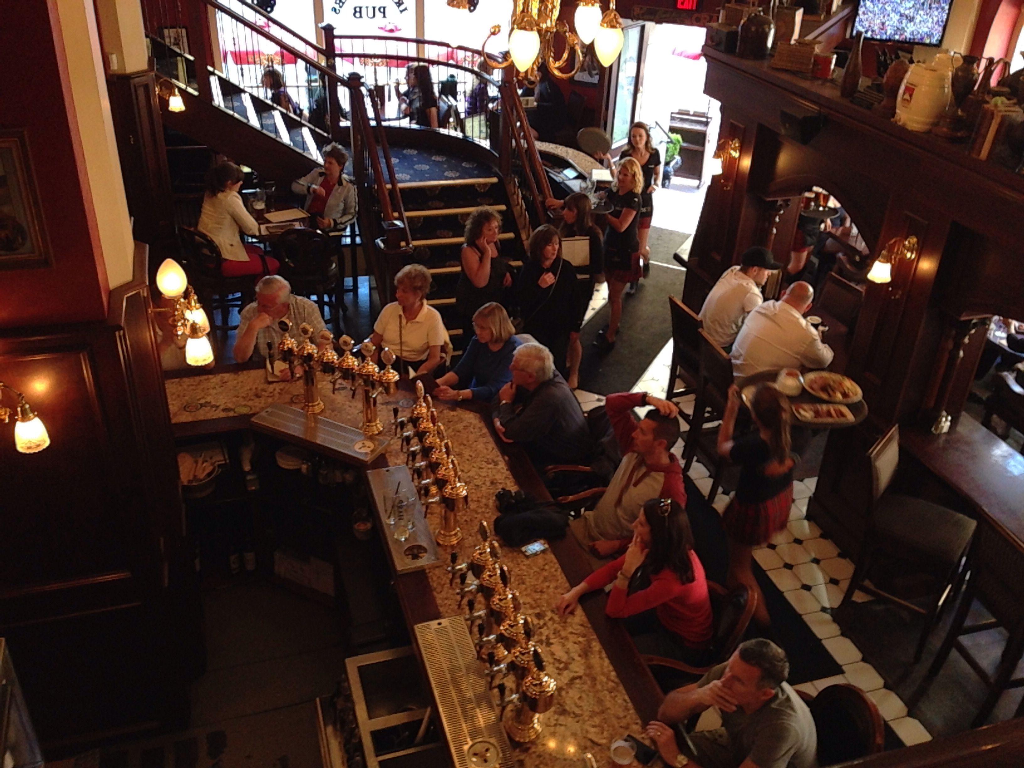 Irish Times Pub Victoria Bc British Columbia Irish Pub Victoria