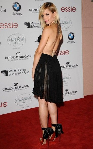 Mena Suvari wears a seriously sexy dress to The Beverly Hills Hotel bash