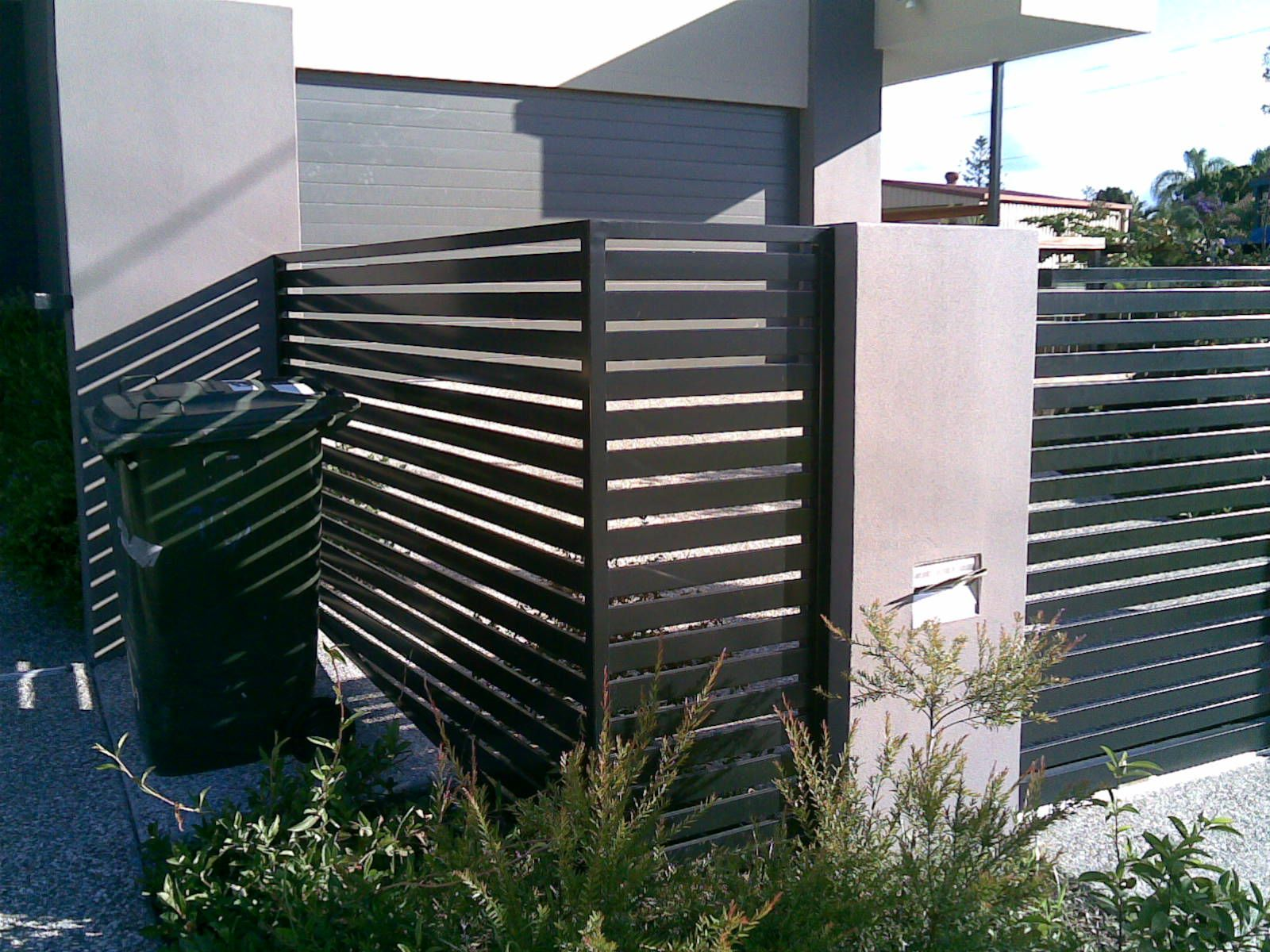 horizontal slatted fence landscaping pinterest