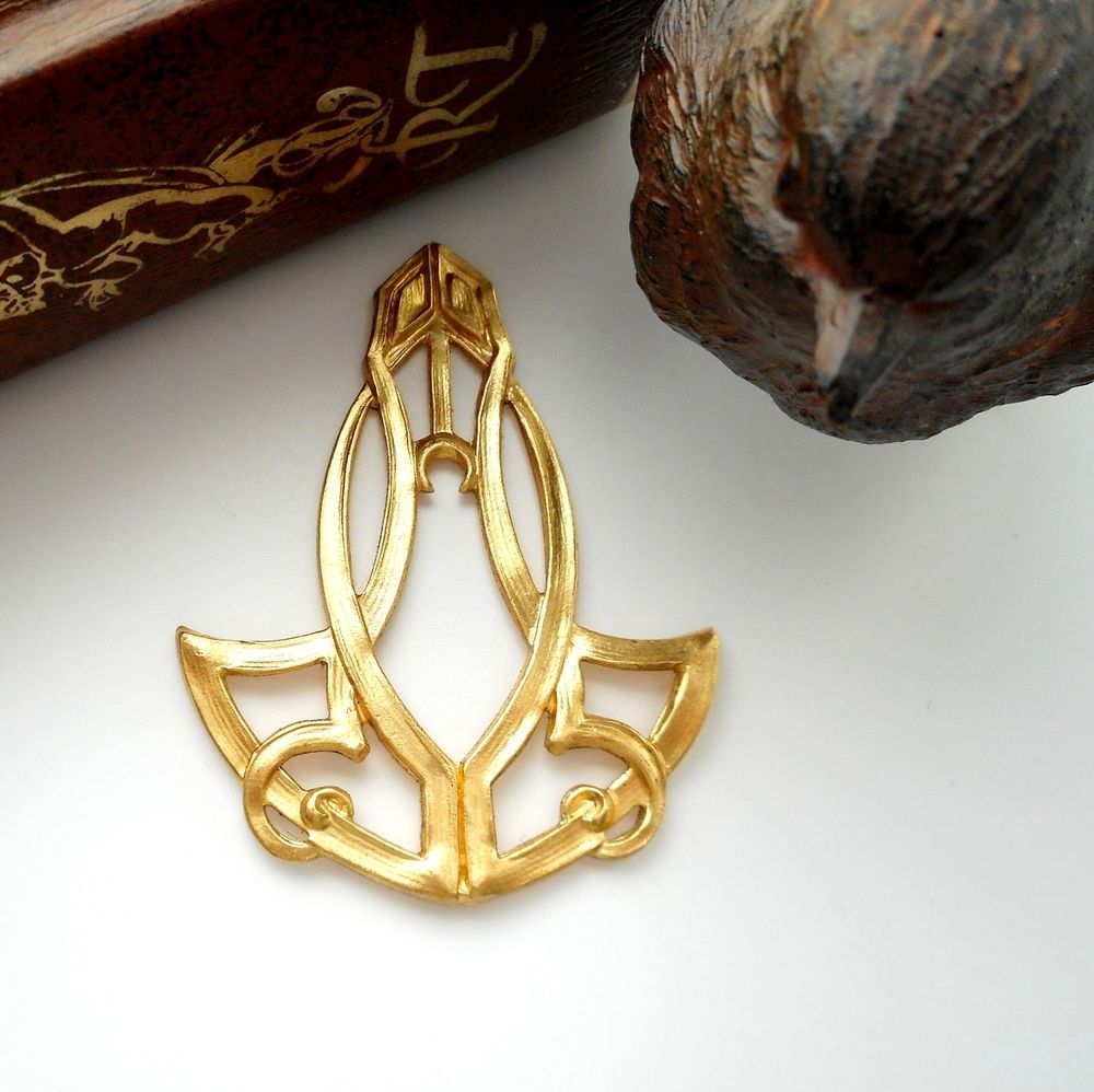 Large Beetle Scarab Ox Brass Stamping Ornament Pendant Jewelry Findings.