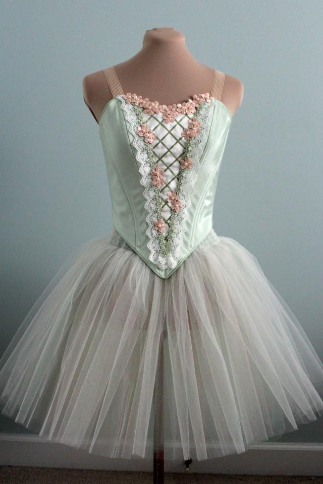 Mirliton, DQ DESIGNS tutus and more ballet Pinterest Tutu - romantic halloween ideas