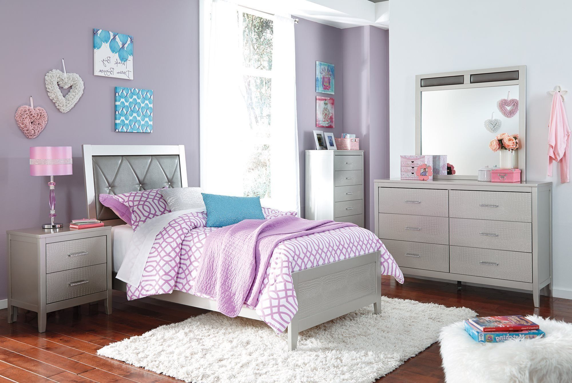 Colorworks 6Piece Full Bedroom Set with Twin Trundle