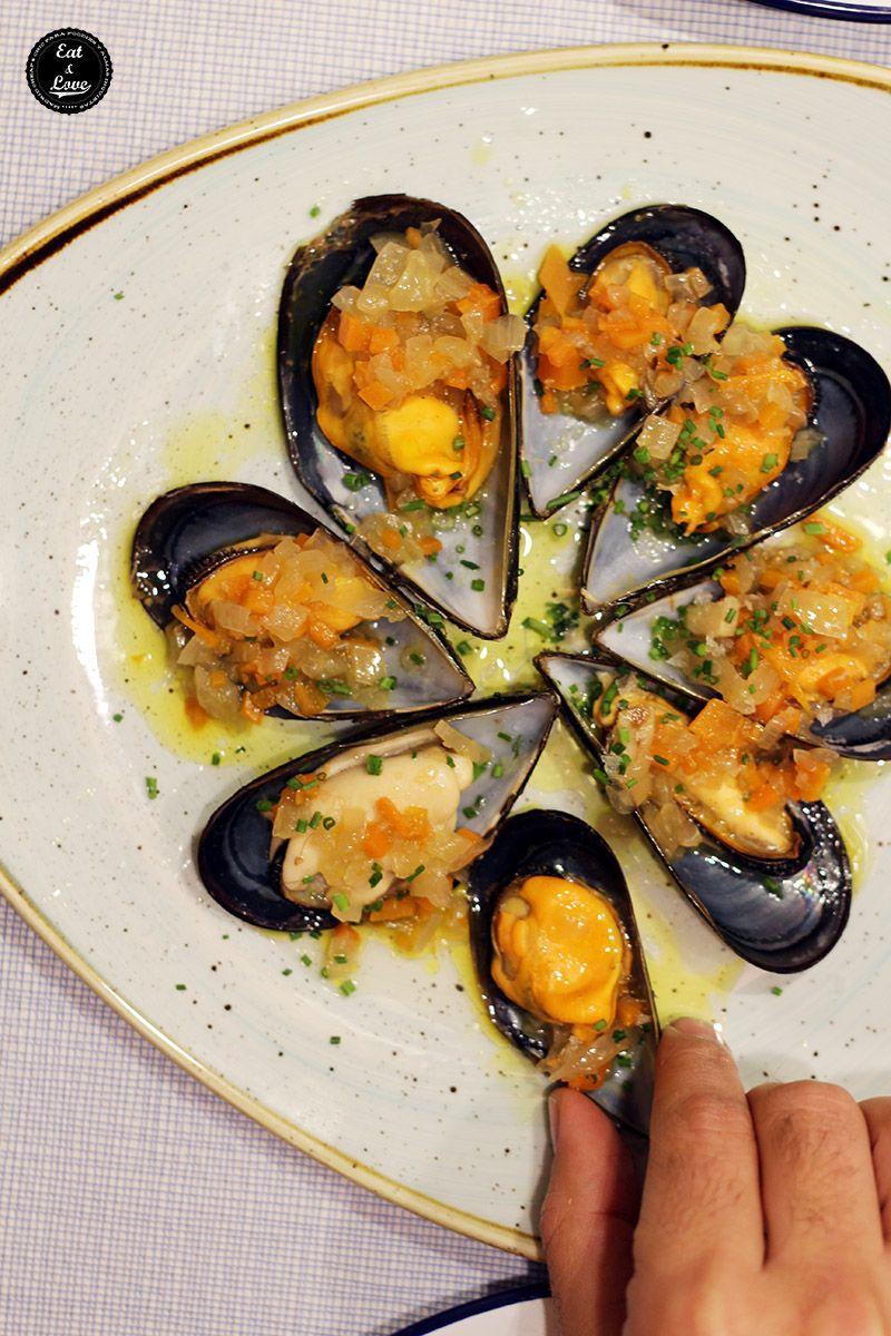 Mejillones gallegos con escabeche ligero en El Chiringuito de El Señor Martín restaurante Madrid