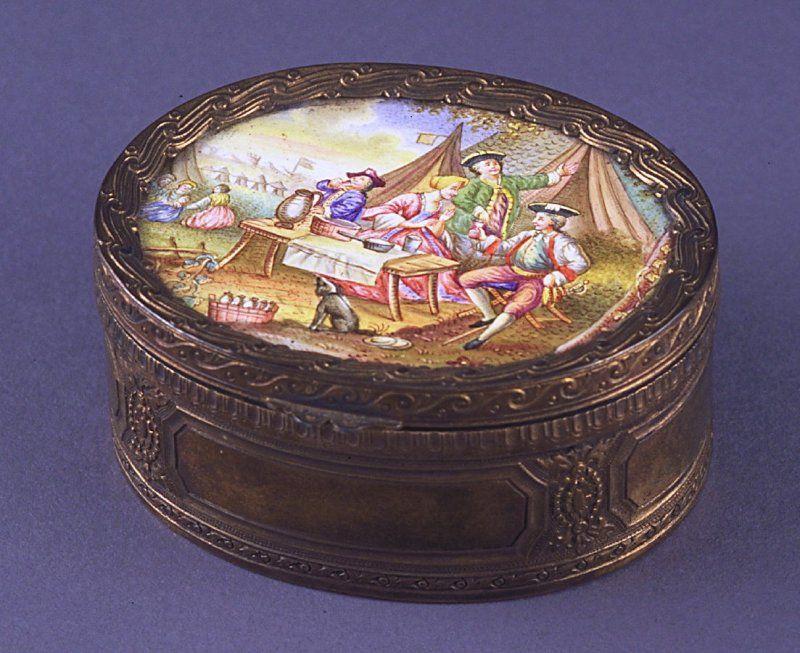 Oval Snuff box 18–19th century