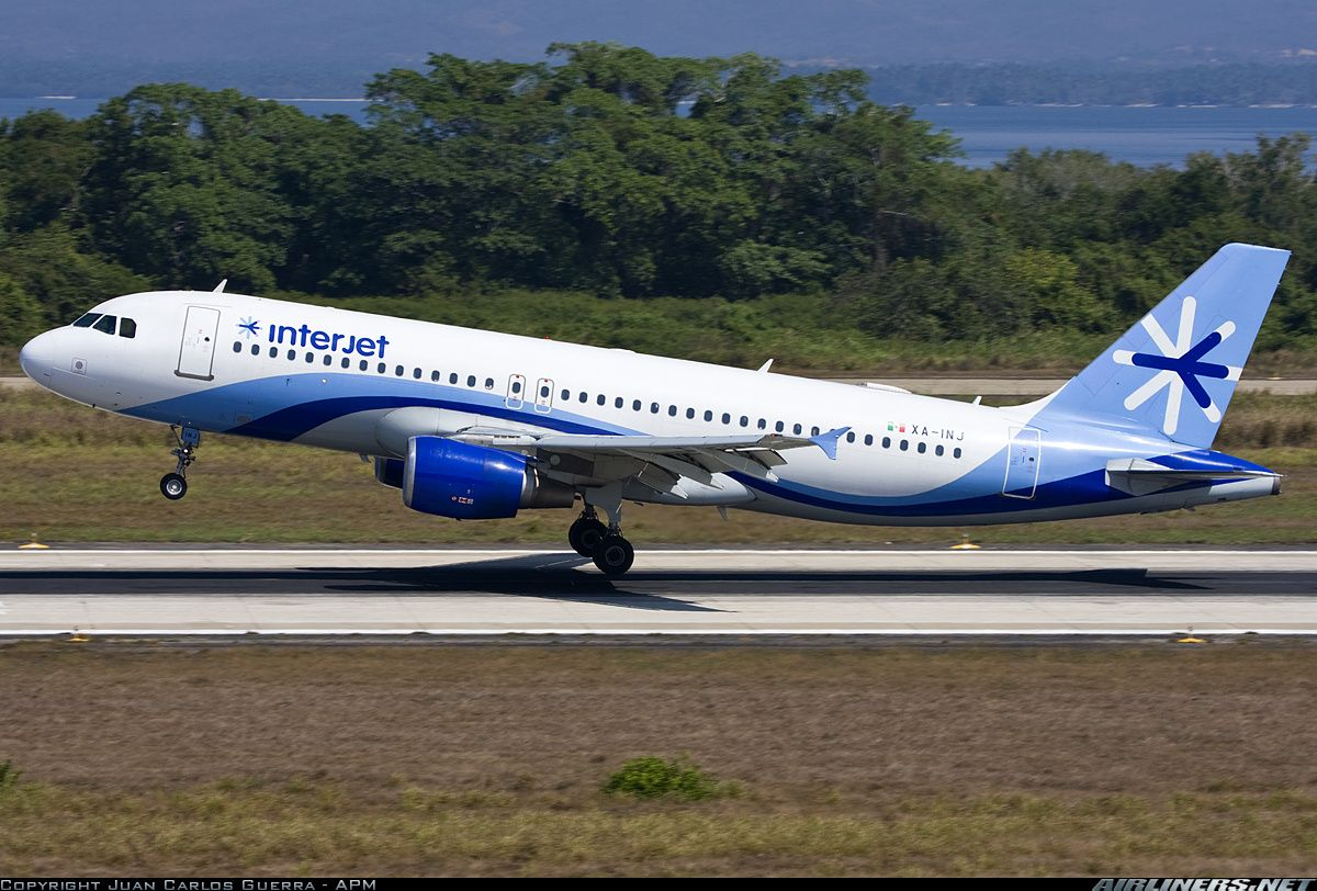 Interjet XA-INJ Airbus A320-214 aircraft picture