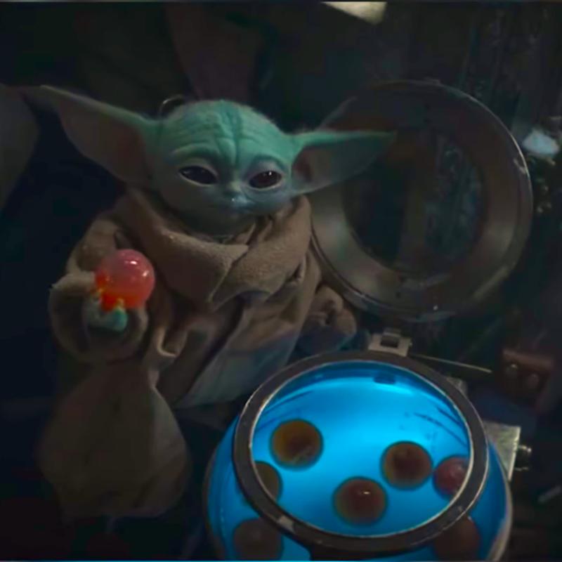 Pin By Roberta Tomanin On Baby Yoda Star Wars Cards Star Wars Comics Star Wars Humor