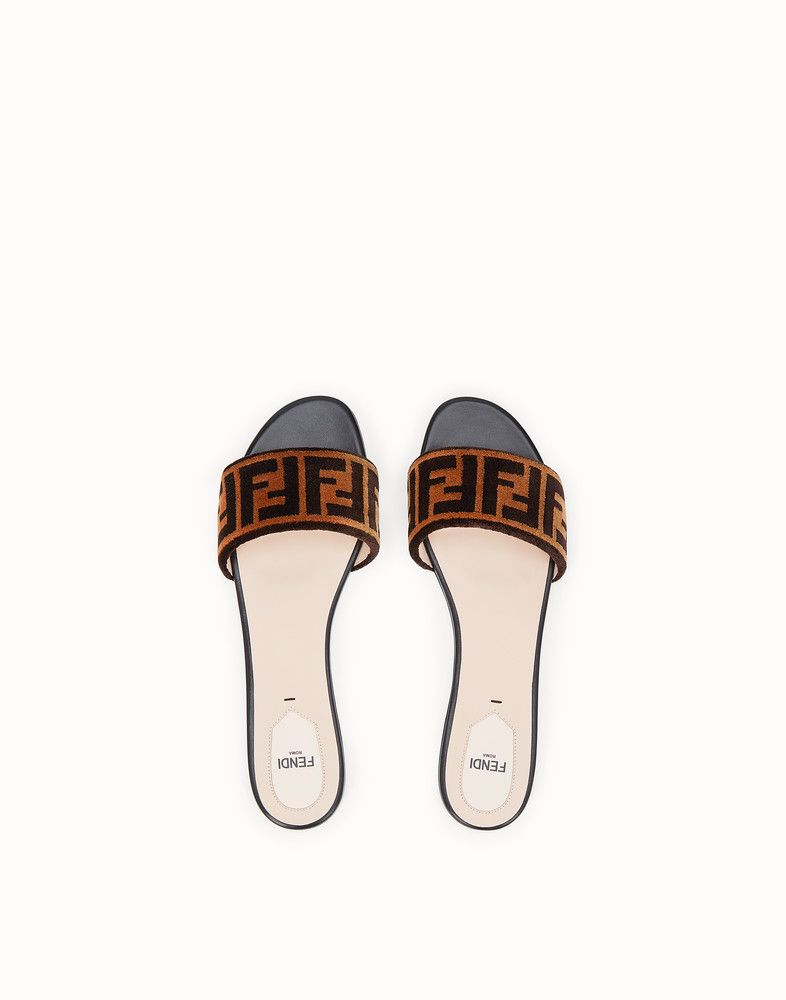 5866a9eda8e FENDI FLAT SANDALS - Multicolour leather and fabric slides - view 4 detail