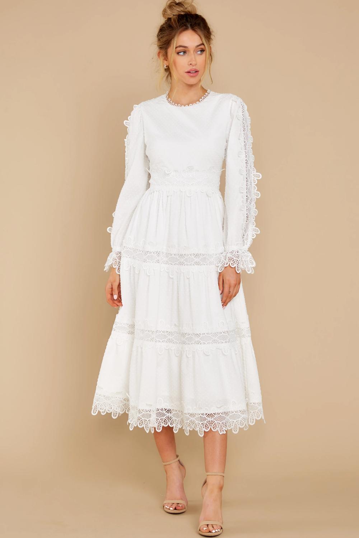Madeleine Swiss Dot Maxi Dress Maxi Dress Dresses Crochet Midi Dress [ 1433 x 1024 Pixel ]