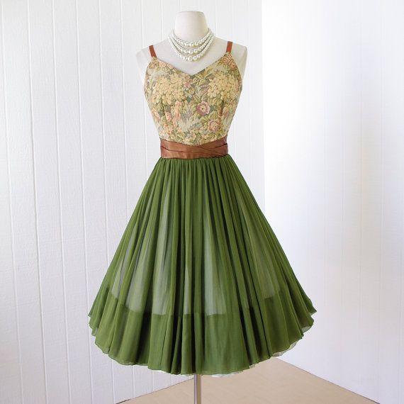 Dresses 1950's Style