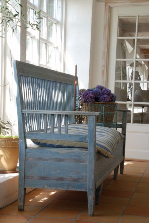 Pin de Sandy Beck en Lacie\'s Blue Farm | Pinterest | Bancos, Vida en ...