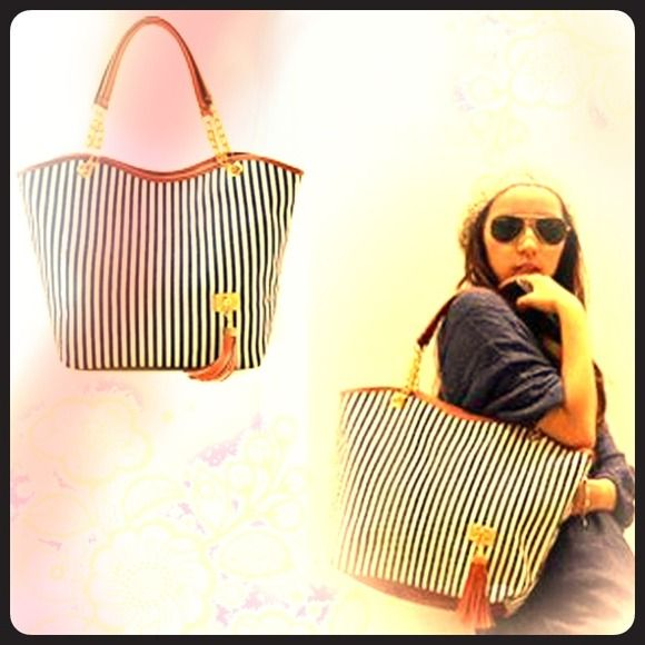 ✨Back due to demand!!!✨ stripped tote! Limited in stock!  Get yours today! No trades.  Bundle for 15% off!msg if any questions! Bags Totes
