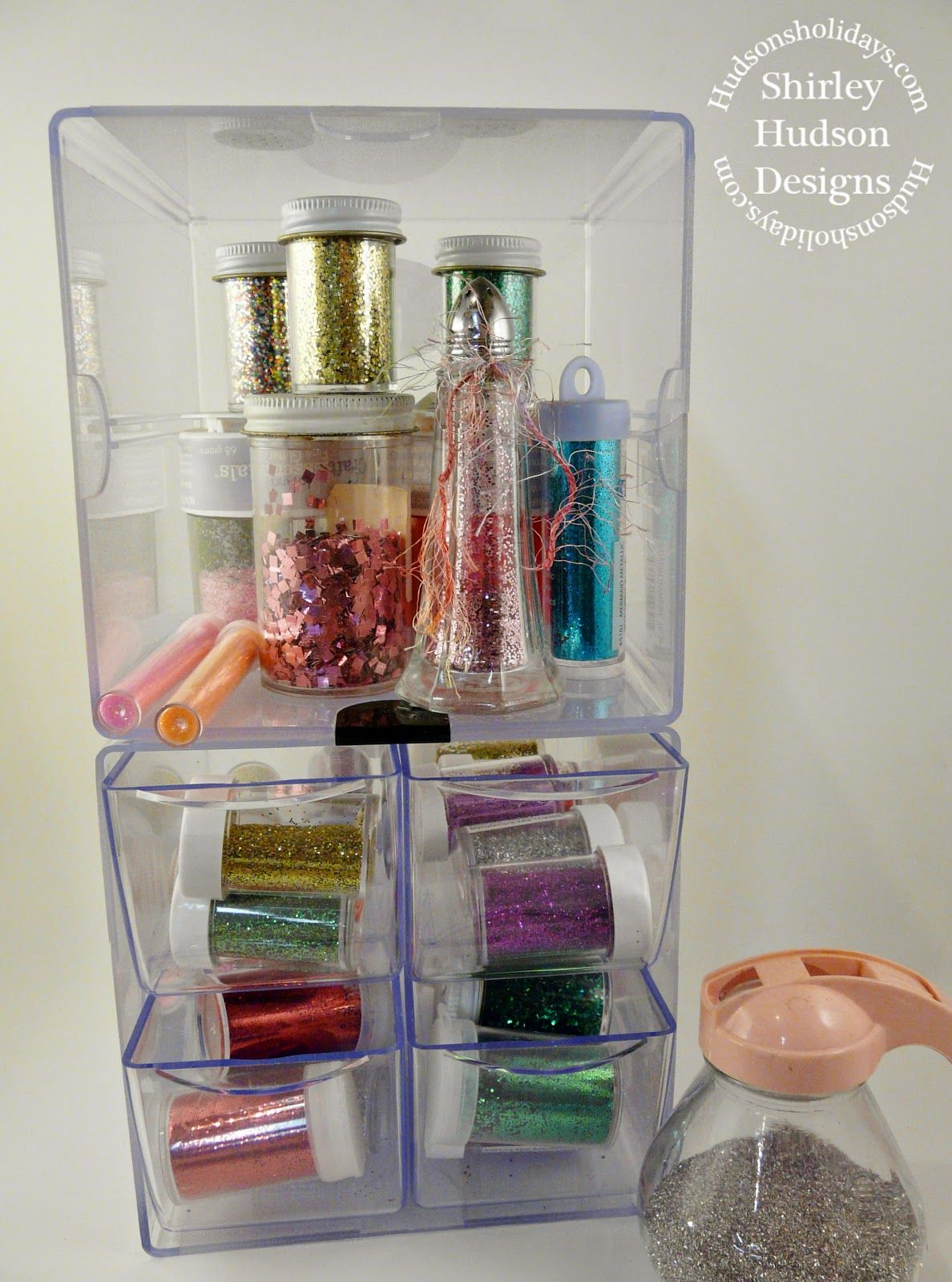Hudson's Holidays - Designer Shirley Hudson: Chalk boards & more..glitter caddy organizer